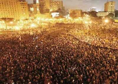Primavera Árabe: Praça Tahir, Cairo, fevereiro de 2011.