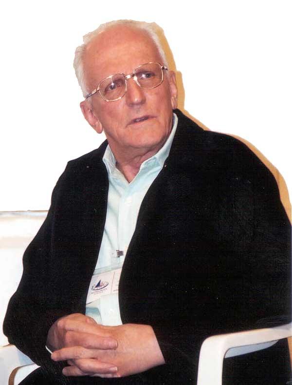 Waldyr Bonadei Fücher, fundador da Escola Regulus de São Paulo, no evento Astrológica 2002.