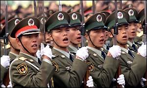 O exército chinês é fundamental para a manutenção do poder pelo Partido Comunista.