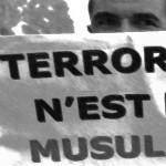 Muçulmanos protestam contra o preconceito em Paris