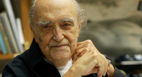 Oscar Niemeyer aos 99 anos