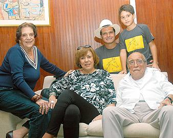 Niemeyer, a nova esposa e a única filha