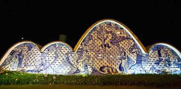 Igreja da Pampulha, Oscar Niemeyer