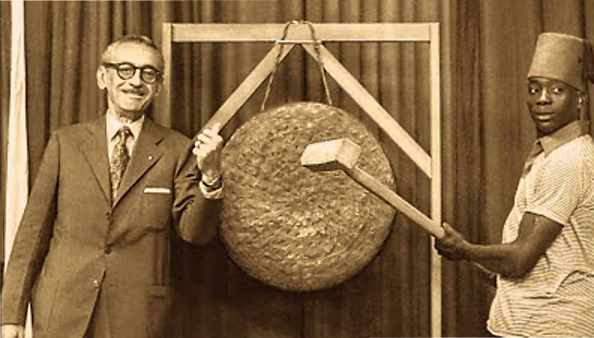 Ary Barroso e seu famoso gongo.