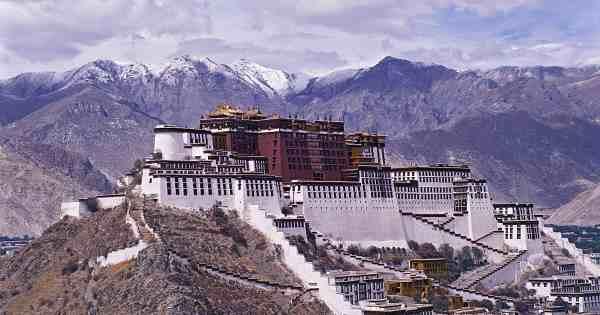 Palácio de Potala, Lassa, Tibete.
