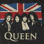 Queen com a bandeira inglesa
