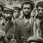 Mujahideen com armas
