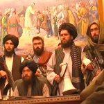 Talibãs fazem comunicado em Cabul