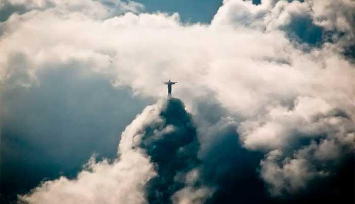 Plutão no Fundo do Céu do Rio
